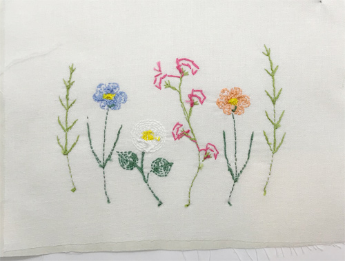 お花の刺繍、裏側