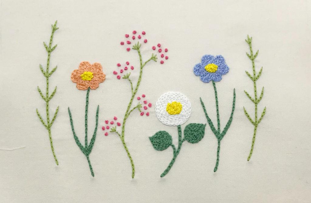 お花の刺繍完成