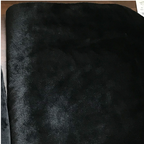 黒猫のふわふわ移動ポケット生地