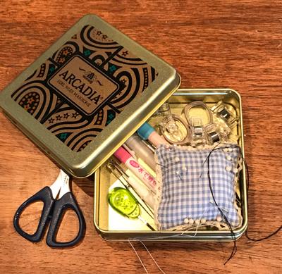 裁縫道具収納缶